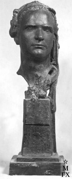 М.Б. Айзенштадт. Портрет скульптора А.А. Арендт. 1933. Гипс. 64х21х23.