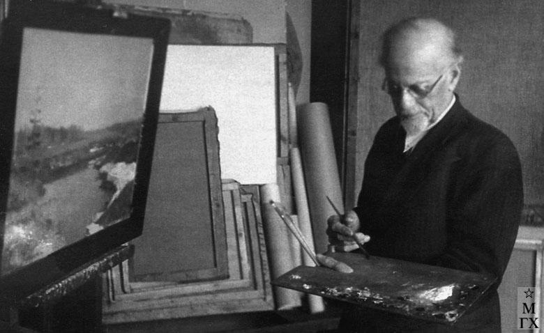 Н.Я. Белянин в мастерской. 1950 г.