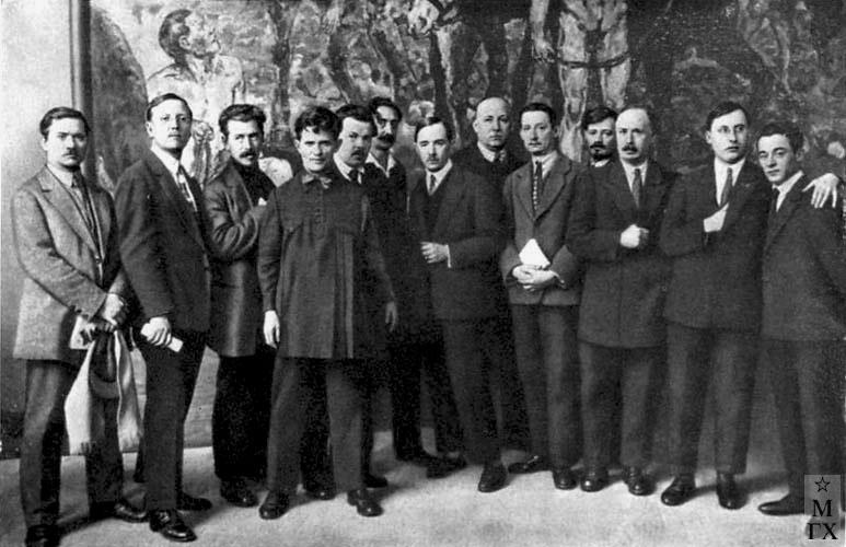 На выставке 'XV лет РККА'