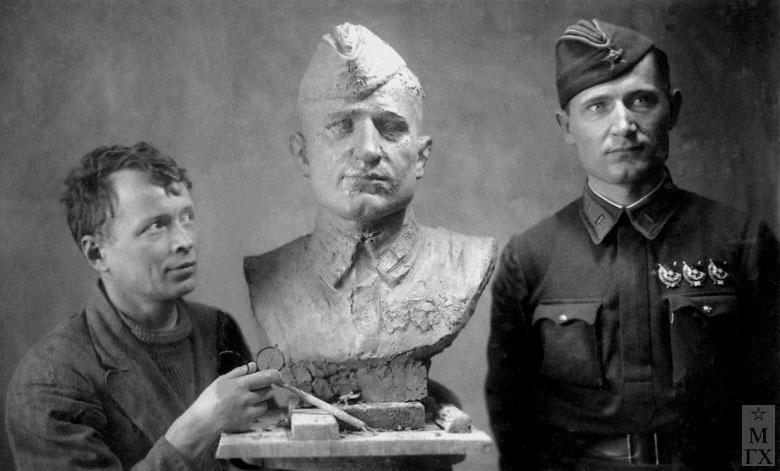 Работа над портретом летчика Н. Арсенина. Московский фронт, 1942.
