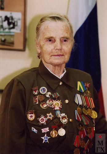 Коробова (Королева) Антонина Павловна - хранитель наследия мужа. 2003 г.