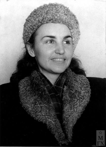 Татьяна Марченко. Начало 1940-х.