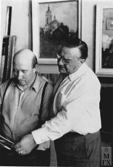 В. В. Почиталов с Борисом Шаляпиным в мастерской. 1960 г.