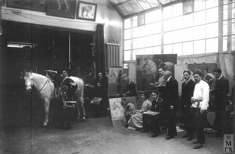 Императорская Академия Художеств, батальный класс профессора Н.С. Самокиша. 1915 г.