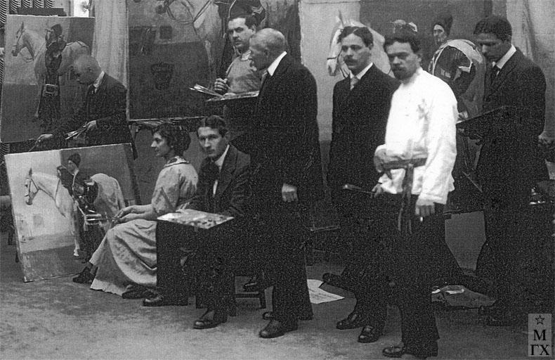 Императорская Академия Художеств, батальный класс профессора Н.С. Самокиша (фрагмент). 1915 г.
