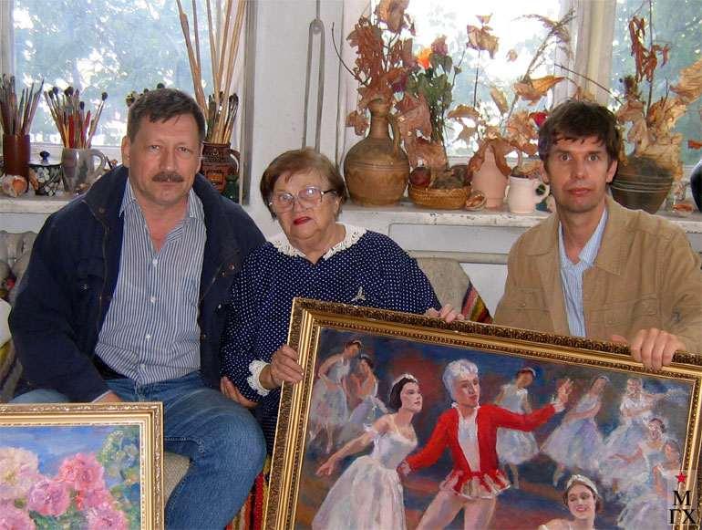 Н.А. Сергеева в мастерской. Июль 2006 г.